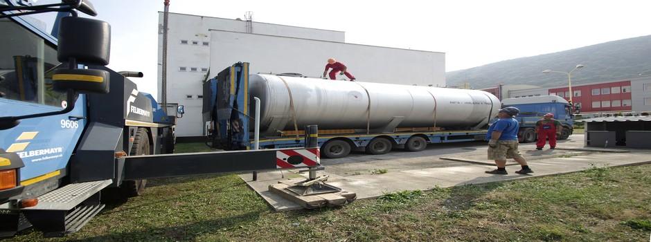 Montáž podtlakového odvodnenia striech a zdravotechnika, potrubných systémov, oceľových konštrukcií.